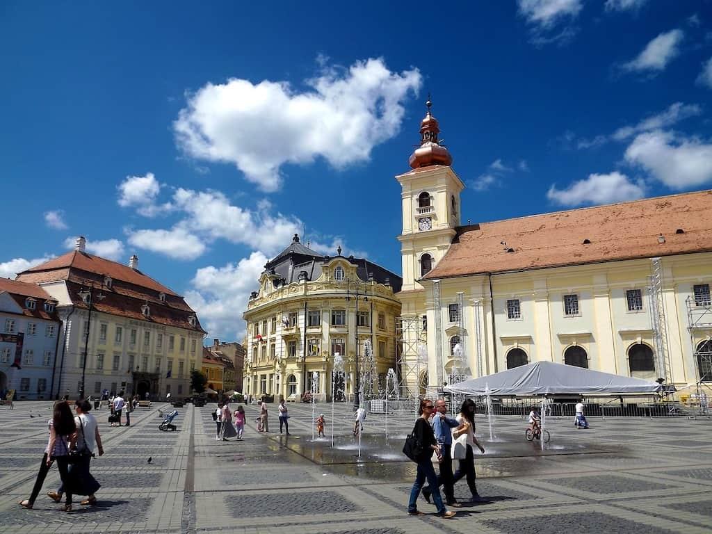 transylvania tour sibiu square